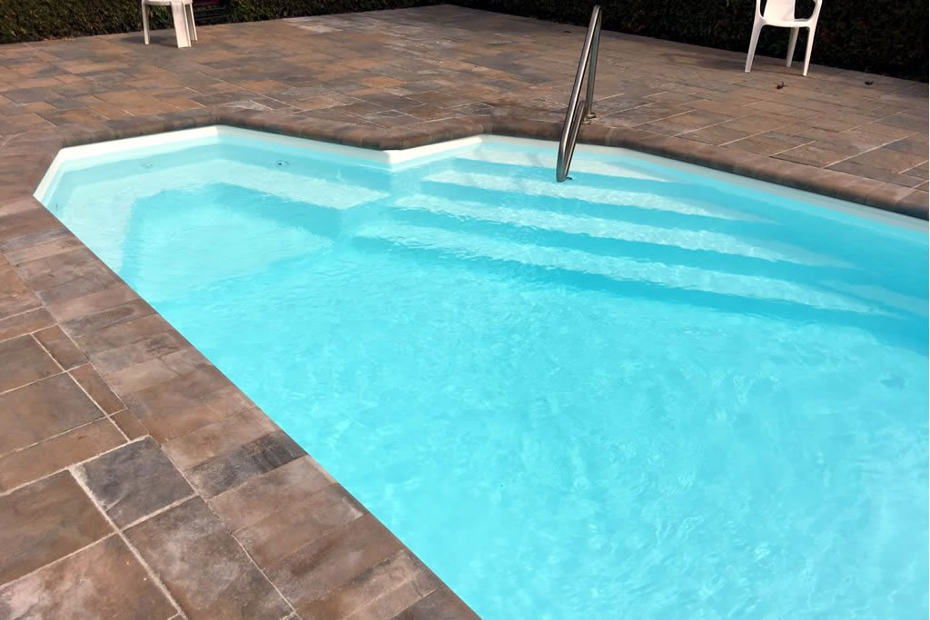 Fibreglass In-ground pool from St. Lawrence Pool